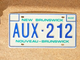 New Brunswick AUX212